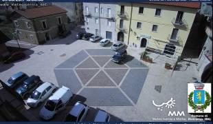 Webcam di Pietraroja BN veduta Piazza Vittoria