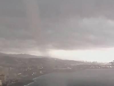[VIDEOSHOCK] Tromba d'Aria su Genova